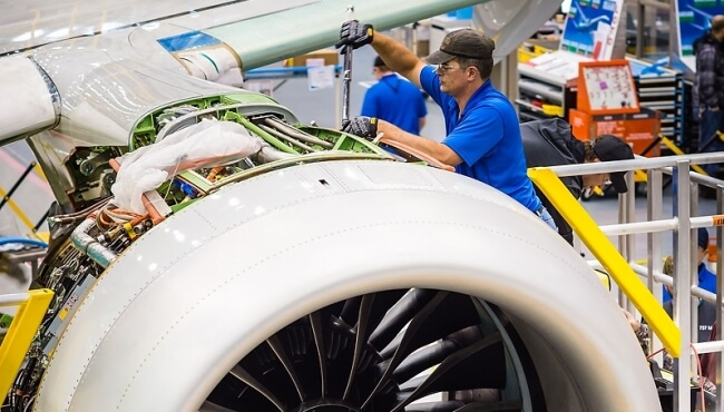 How do OEM Engine Maintenance Contracts Affect the Ability to Remarket Aircraft? September 2017